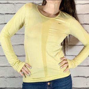 {Nike} long sleeve running top